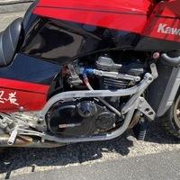 カワサキ GPZ900Rのサムネイル